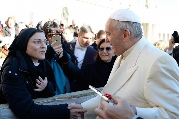 papa francesco suor cristina