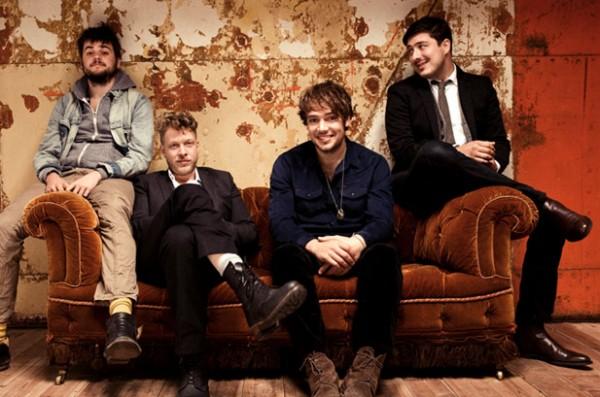 Mumford & Sons: il 2 marzo un grande annuncio per il lancio del nuovo album