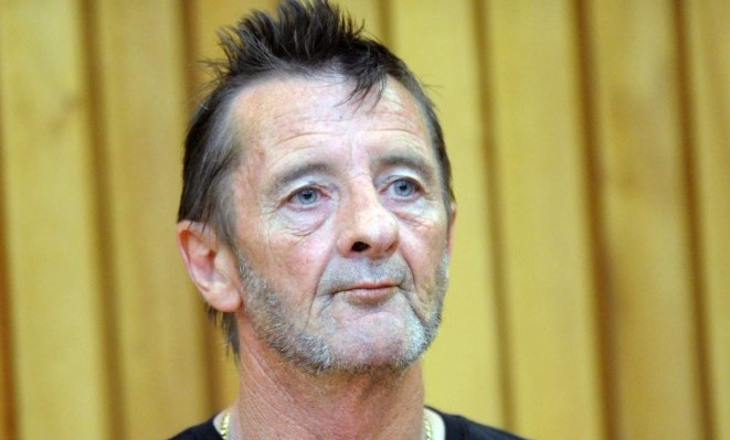 AC/DC drummer pleads guilty at New Zealand trial