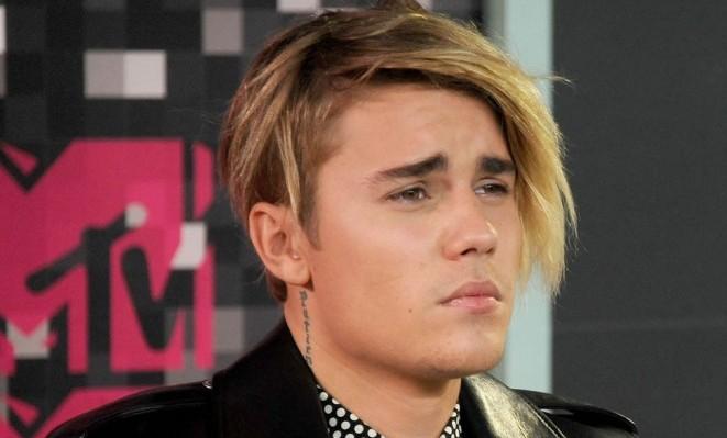 Record per Justin Bieber: 17 canzoni nella Billboard Hot 100