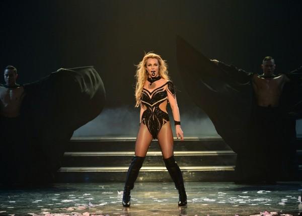 Britney Spears: la raccolta fondi per l'allusione in Louisiana