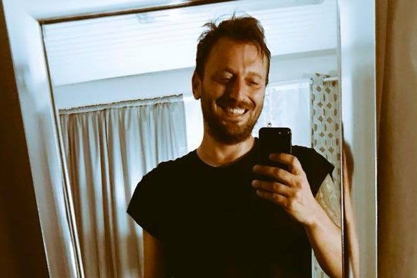 Cesare Cremonini segue Matteo Salvini su Instagram: fan in allarme