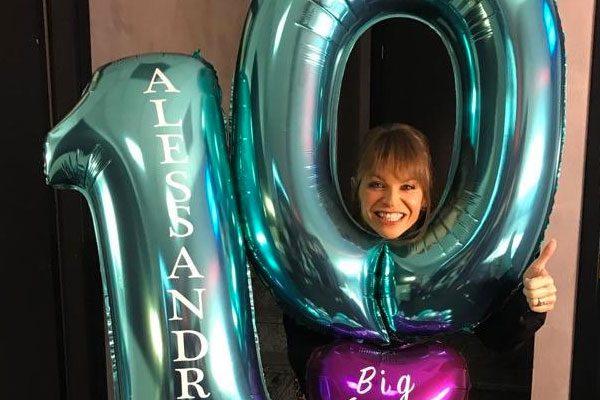 """Alessandra Amoroso, 10 e il sogno di """"diventare mamma"""""""